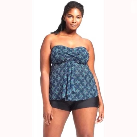 0d18693740f NWT  Ava   Viv  Plus Size Tankini Top 22W Swimwear